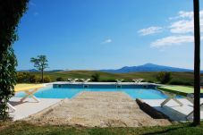 Villa a Pienza - Luxury Privacy in the Heart of Tuscany